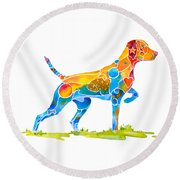 Vizsla On Point Round Beach Towel