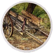 Wagon At Tanque Verde Ranch Round Beach Towel