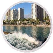 Waikiki Breakers Round Beach Towel