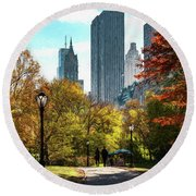 Walking In Central Park Round Beach Towel