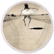 Washboard Ballet Round Beach Towel