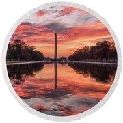 Washington Monument Sunrise Round Beach Towel
