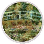 Waterlily Pond Round Beach Towel