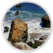 Water And Rocks Round Beach Towel
