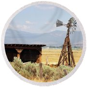 Water Pumping Windmill Round Beach Towel