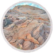 Wave Of Sandstone In Valley Of Fire Round Beach Towel by Ray Mathis