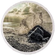Waves And Rays Round Beach Towel