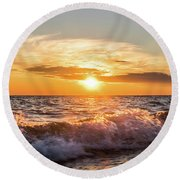 Waves Crashing With Suset Round Beach Towel