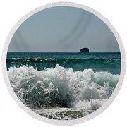 Waves Of Pacific Ocean. Coromandel,new Zealand Round Beach Towel