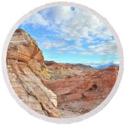 Waves Of Sandstone In Valley Of Fire Round Beach Towel