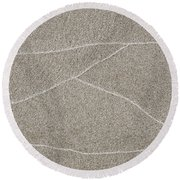 Waves Of Time In The Sand Round Beach Towel