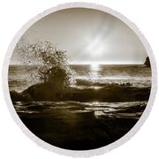 Round Beach Towel featuring the photograph Waves Over Cavendish Sandstone by Chris Bordeleau