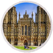 Wells Cathedral, Somerset Uk Round Beach Towel