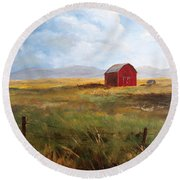 Western Barn Round Beach Towel