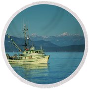 Round Beach Towel featuring the photograph Western King At French Creek by Randy Hall