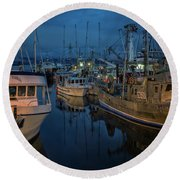 Round Beach Towel featuring the photograph Western Prince by Randy Hall