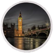 Westminster At Night Round Beach Towel
