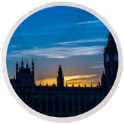 Westminster Parlament In London Golden Hour Round Beach Towel