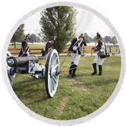 Wheeling The Cannon At Fort Mchenry In Baltimore Maryland Round Beach Towel