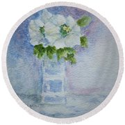 White Blooms In Blue Vase Round Beach Towel