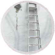 Round Beach Towel featuring the photograph White Ladder by Tom Singleton