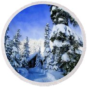 White Pass Chalet Round Beach Towel