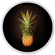 White Pineapple King Round Beach Towel