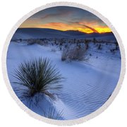 White Sands Sunset Round Beach Towel