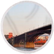 Wide View Of St Louis And Eads Bridge Round Beach Towel