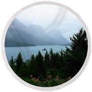 Wild Goose Island In The Rain Round Beach Towel