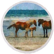 Wild Horses Of The Outer Banks Round Beach Towel by Lynne Jenkins