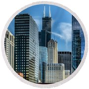 Willis Tower, Skyline And Chicago River On A Sunny Day  Round Beach Towel