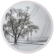 Willow In Blizzard Round Beach Towel