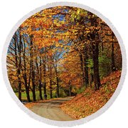 Winding Country Road In Autumn Round Beach Towel