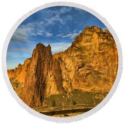 Winding Crooked River Round Beach Towel