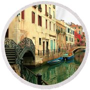 Winding Through The Watery Streets Of Venice Round Beach Towel by Barbie Corbett-Newmin