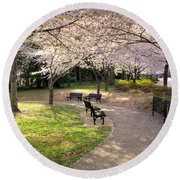 Winding Trail To The Tidal Basin Round Beach Towel