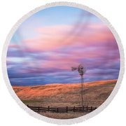 Windmill Le Round Beach Towel