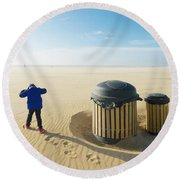 Windy Beach Round Beach Towel