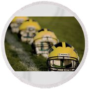 Winged Helmets On Yard Line Round Beach Towel
