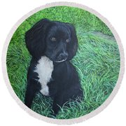 Round Beach Towel featuring the painting Winnie by Tom Roderick
