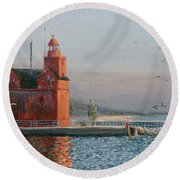Winter Day At Big Red Round Beach Towel