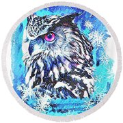 Winter Great Horned Owl  Round Beach Towel