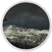 Winter In North Cascades Round Beach Towel