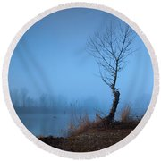 Winter Loner Round Beach Towel