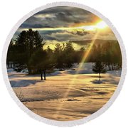 Winter Sunset Rays  Round Beach Towel