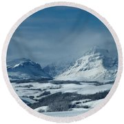 Winter View Of Rising Wolf Mountain Round Beach Towel