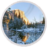 Winter View Of Yosemite's El Capitan Round Beach Towel