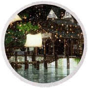 Wintery Inn Round Beach Towel