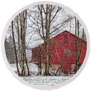 Wintry Barn Round Beach Towel
